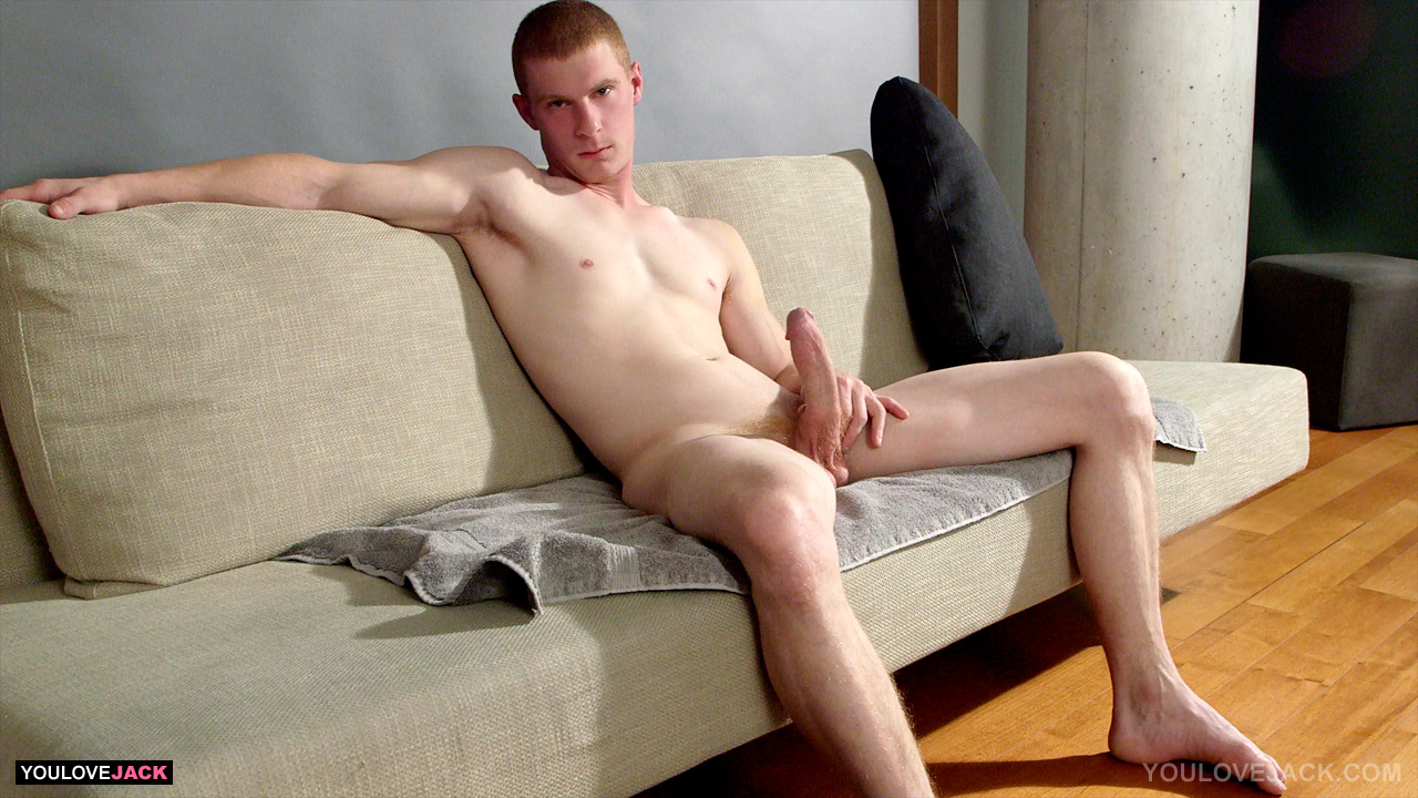 Hot Gay Guys Enjoy Blowjob